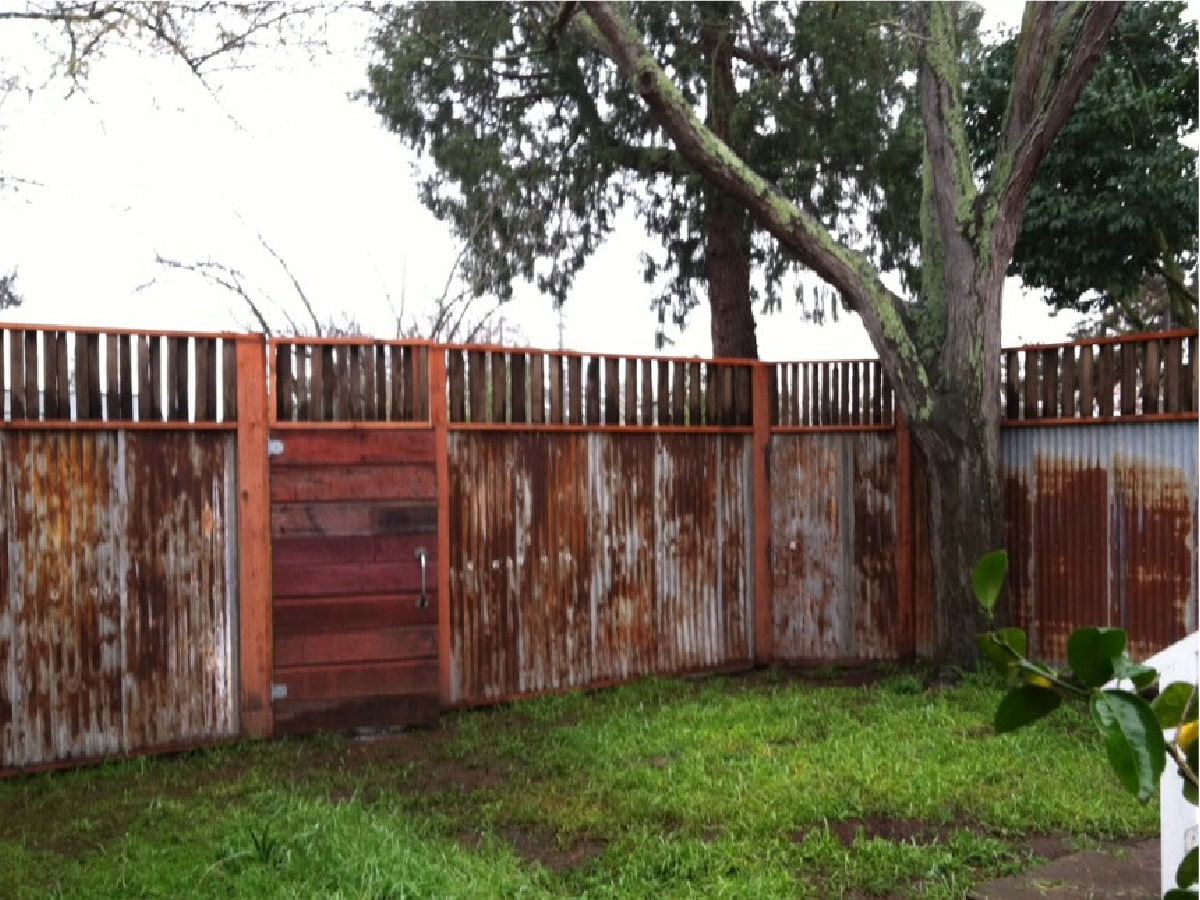 heritage salvage reclaimed fencing 05