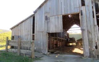 Heritage Salvage reclaimed barnwood barndoors 22